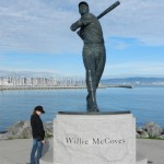 Statue_of_Willie_McCovey,_AT&T_Park[1]