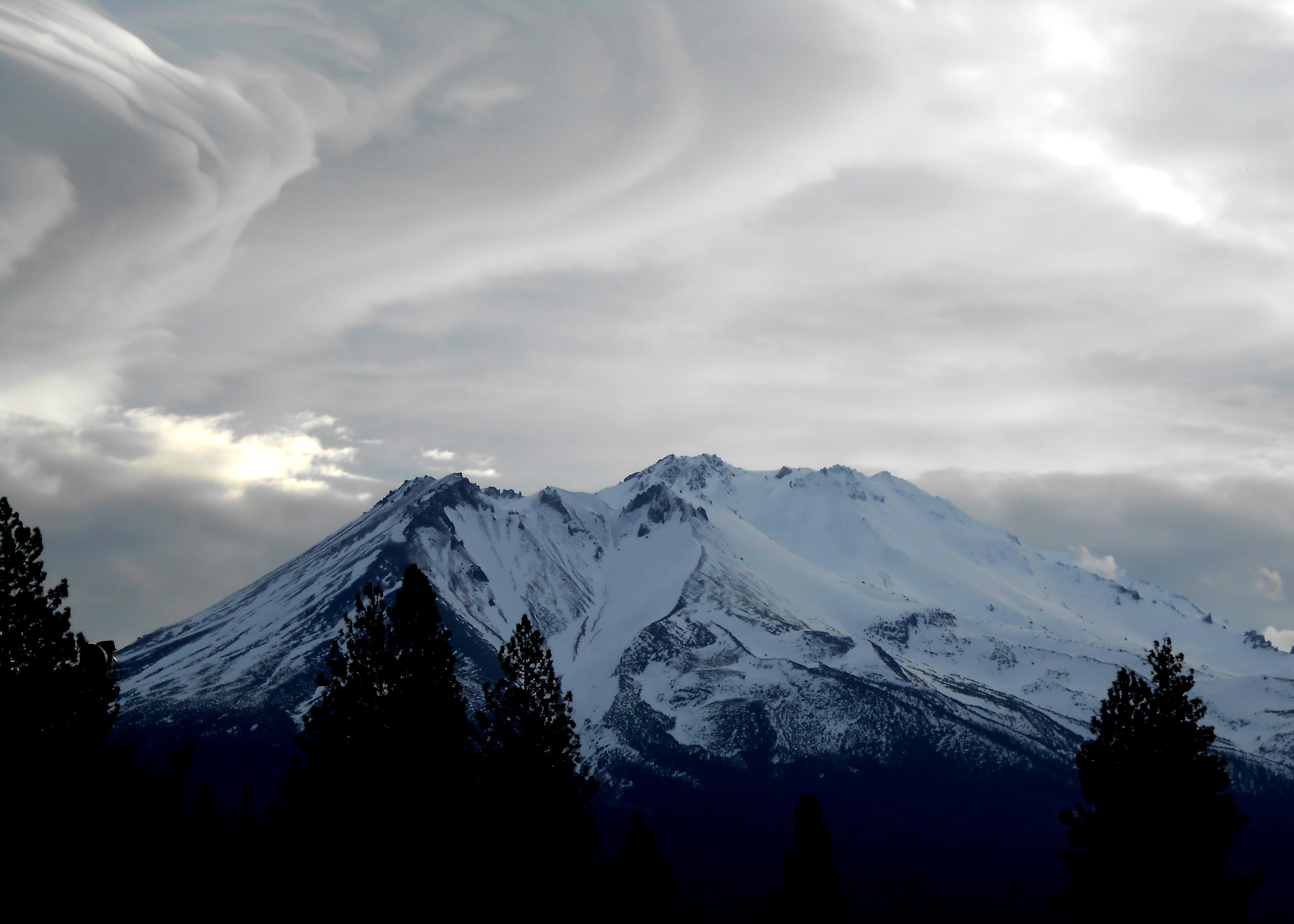 Weed, CA : Mt. Shasta photo, picture, image (California) at city-data.com
